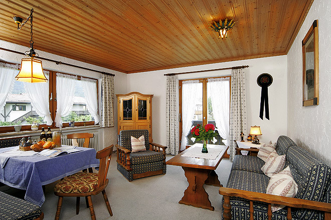 3_wohnzimmer