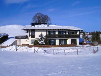 Unser Ferienhaus im Winter