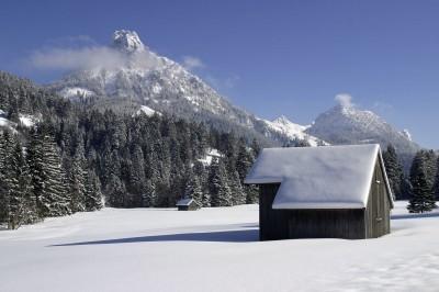 Verschneites Achtal mit Aggenstein (© Pfronten Tourismus/ E. Reiter : Pfronten Tourismus/ E. Reiter )