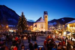 Weihnachtsmarkt Pfronten jedes Jahr am 3. Advent am Leonhardsplatz in Pfronten-Heitlern.