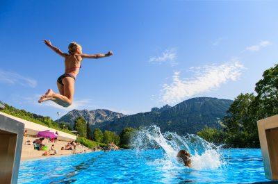 Badespaß im Alpenbad