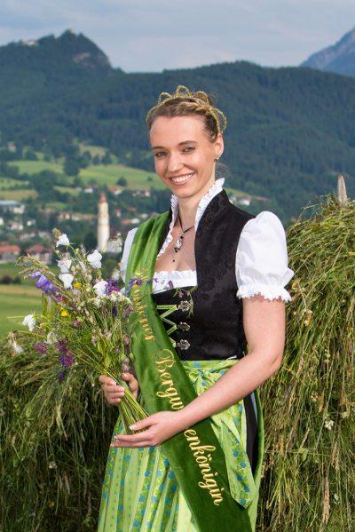 8. Bergwiesenkönigin Sinja I.