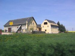 Bauernhof - Einfahrt
