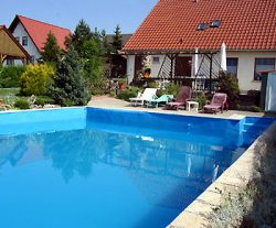 Ferienhaus-Pool
