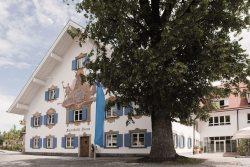 Alpenhotelkrone-Außenansicht