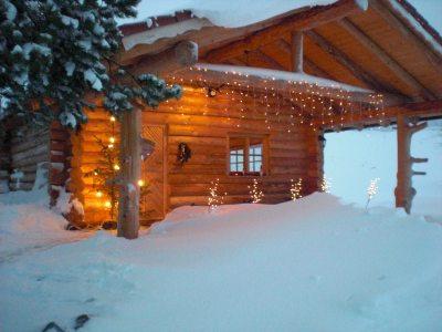 Winterstimmung an unserer Blockhütte.