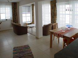 Fewo6 Wohnbereich mit Terrasse