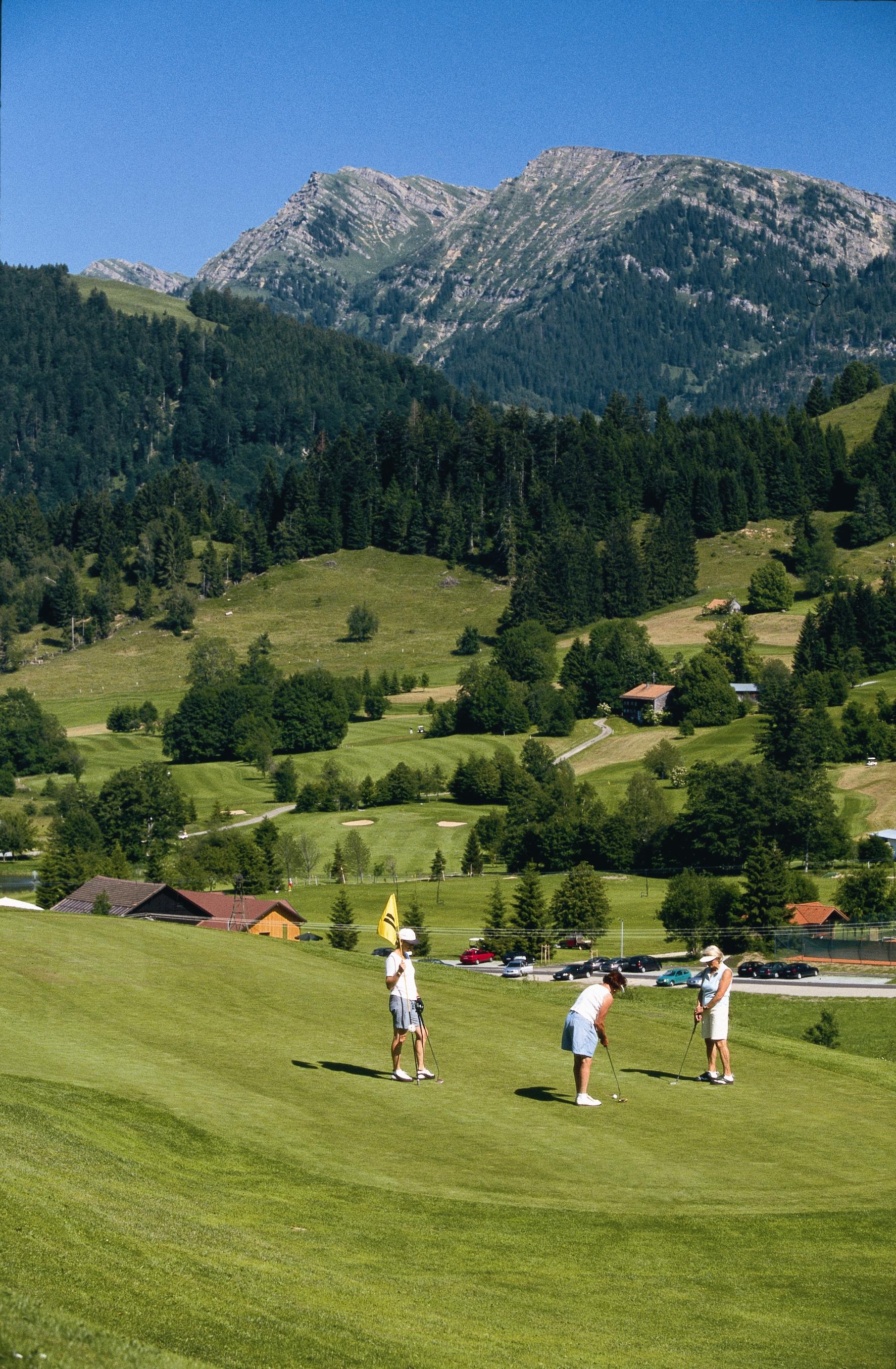 Wellvital hotel birkenhof in oberstaufen im oberallg u for Oberstaufen golf