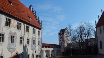 Der Burghof oberhalb von Füssen
