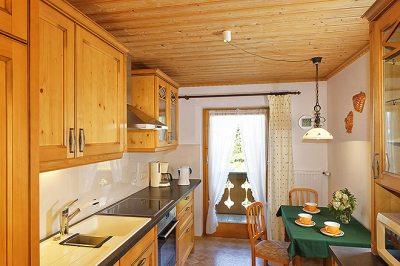 Wohnung Nr. 4 Küche mit Eßecke