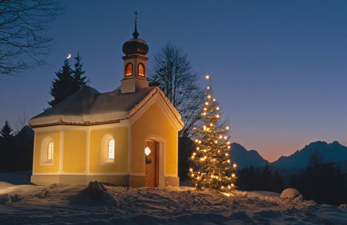 kapelle-winter-nacht-3_sch-
