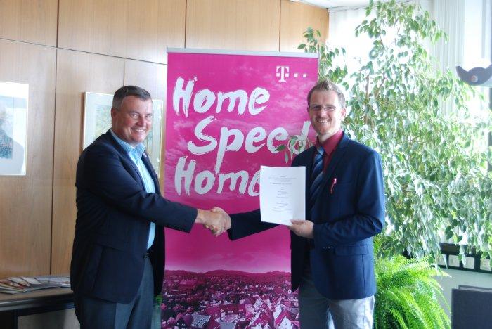 Unterzeichnung Kooperationsvertrag Erschlie�ungsgebiet Sch�neschach und Zillertal  �