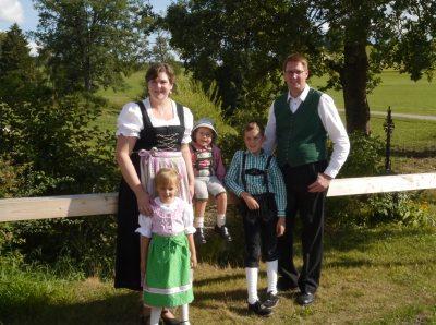 Familie Hummel begrüßt Sie auf dem Mühlenhof