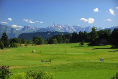 2 Golfplätze nur 3 Minuten entfernt