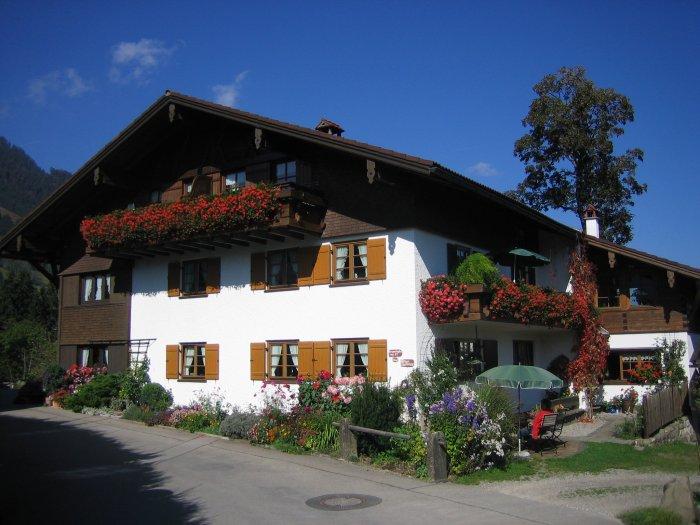 Sommer-Ansicht-Haus