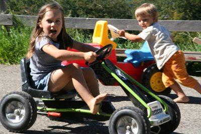 Ihre Kinder werden von unserem Fuhrpark sicherlich begeistert sein